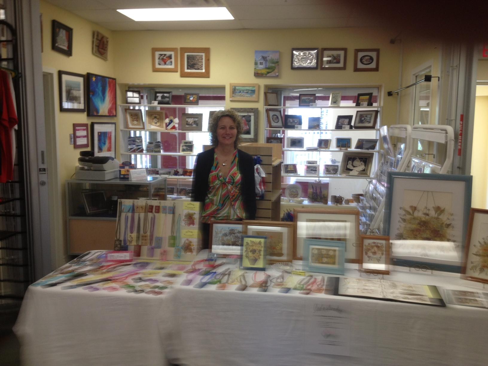 L'artiste Cindy Myers de la Baie a introduit des nouveaux produits au marché du 27 mars